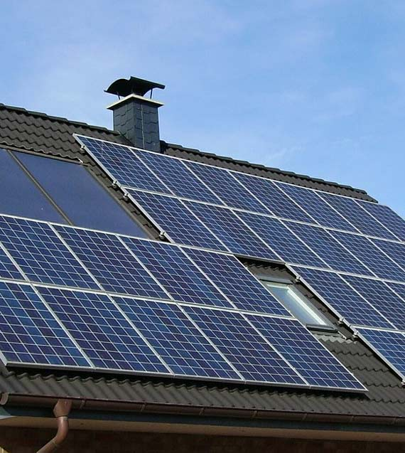 Alternative und regenerative Energie mit Solaranlagen und mehr